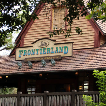 Magic Kingdom Frontierland Railroad Station